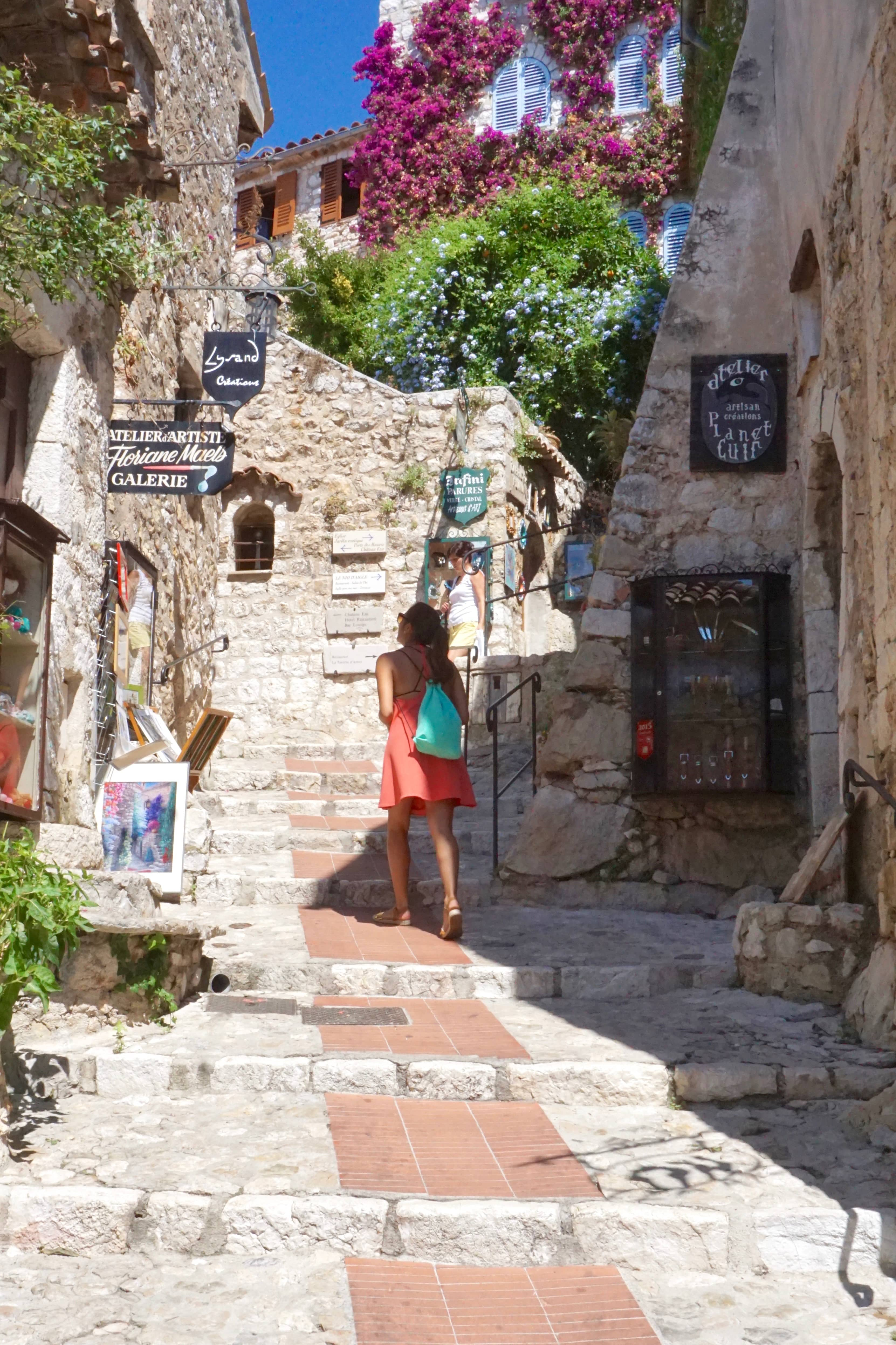 A mini-guide to Èze Village